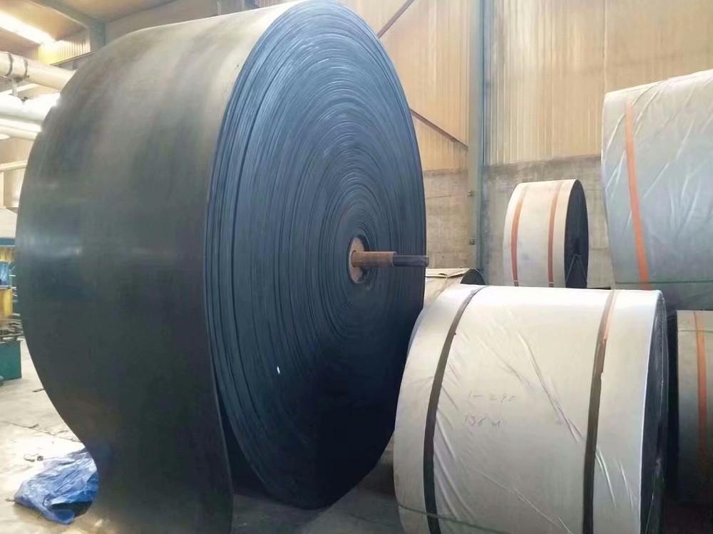黑色橡胶输送带 工业橡胶输送带