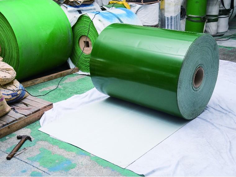 PVC输送带打滑和跑偏应该怎么办