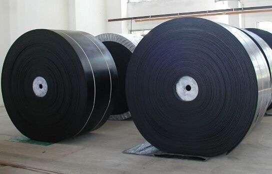 1.黑色橡胶输送带