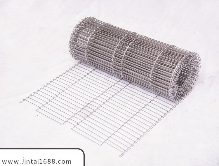 怎样选择不锈钢网输送带和PVC输送带?